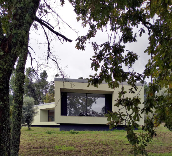 Bioclimatic House in Portugal