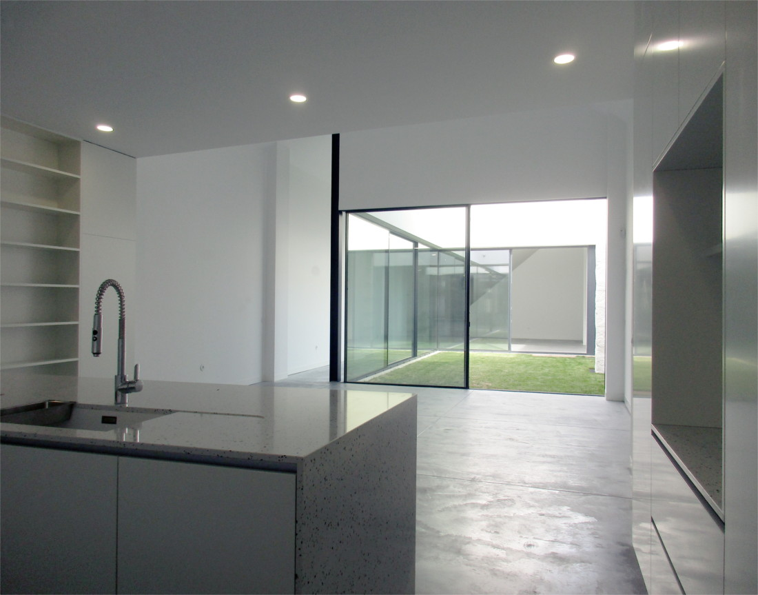 Loft House kitchen and dining room